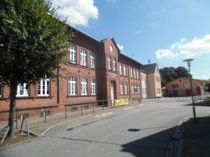 Blick aus der Schulstraße hoch